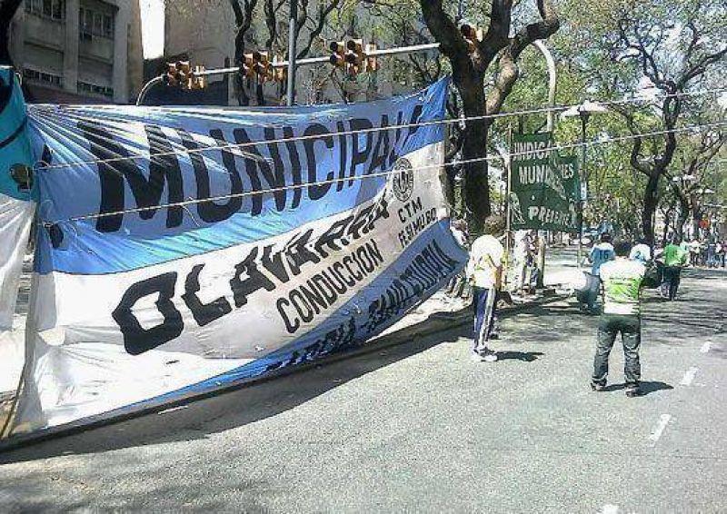 Municipales se movilizaron hacia el Ministerio de Trabajo