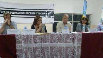 Debate entre candidatos a concejales