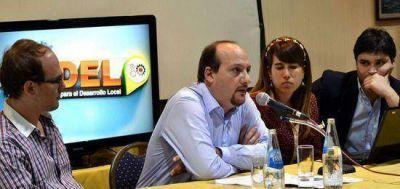 Abella presentó su centro de estudios y una batería de propuestas con el apoyo de la Fundación Pensar
