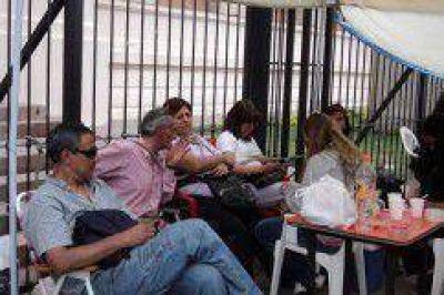 Hoy para el Frente de Gremios Estatales de Jujuy y se suman al reclamo de los Judiciales