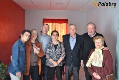 Con homenajes a vecinos se inauguró la biblioteca del barrio Lindo y El Bañado