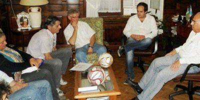 """El torneo de fútbol local se llamará """"Vico Salerno"""""""