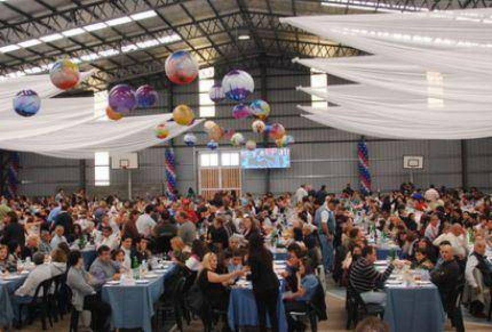 Más de 2.000 personas festejaron los 70 años del sindicato Luz y Fuerza