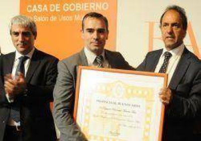 """Firman iniciativa para la """"inmediata aplicaci�n"""" de la Ley de Adopci�n, autor�a del diputado Feli�"""
