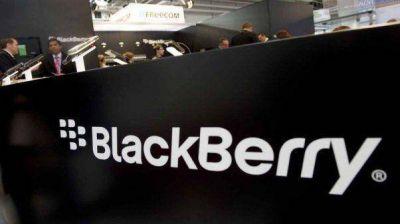 En medio de su crisis, Blackberry calma a sus clientes por carta