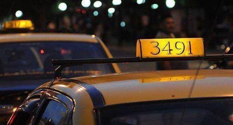 Taxistas disconformes con los controles