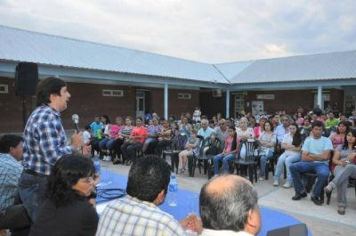 Audiencia p�blica para la regularizaci�n dominial y urbanizaci�n de asentamientos de la zona sur