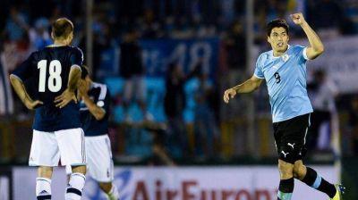 La Selección evidenció errores defensivos y cayó con Uruguay, que va al Repechaje con Jordania