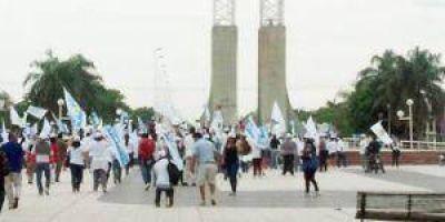 Candidatos del FpV realizaron caminata y banderazo