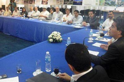 Analizan nuevos proyectos de inversión para impulsar el desarrollo turístico
