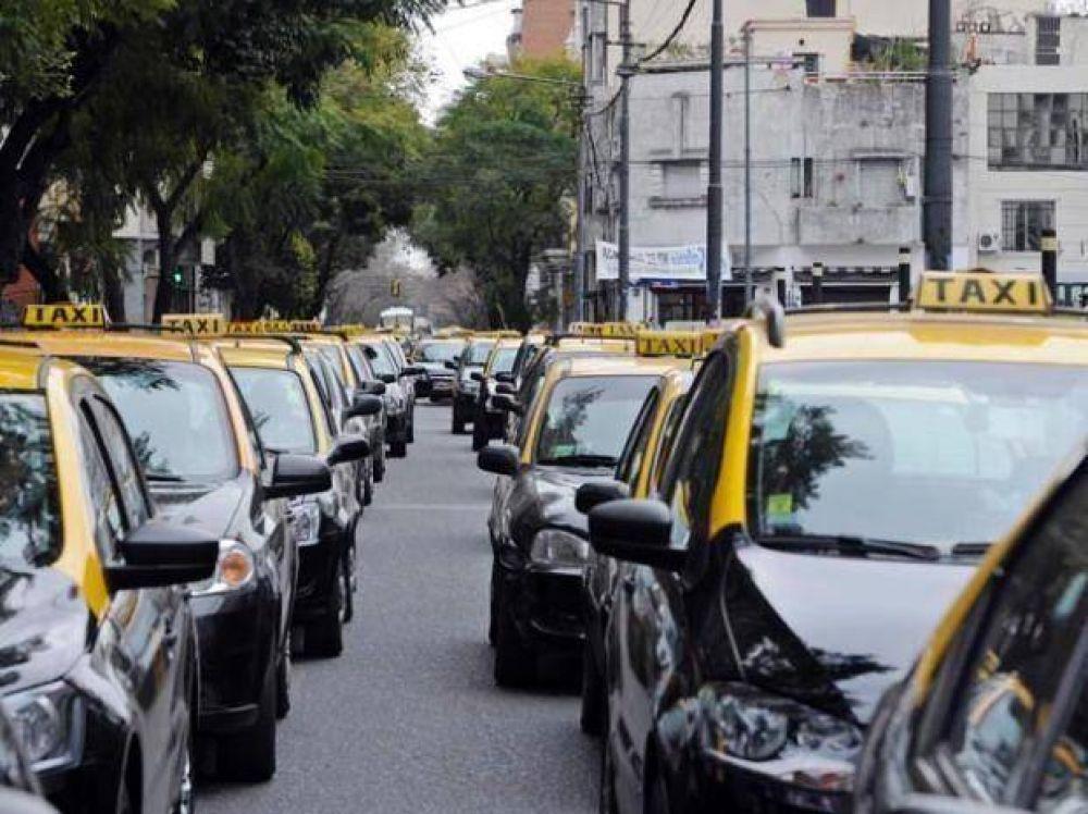 """Según los taxistas hay conflictos """"entre el poder político y la policía"""""""