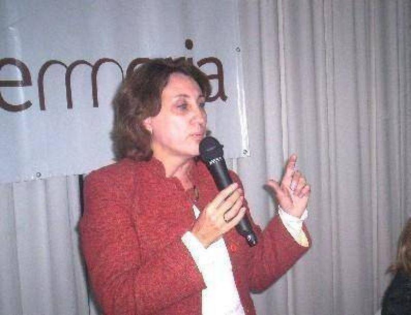 """""""Para mí la política es hacer obras, mientras que para otros es hablar y criticar"""", dijo Scioli"""