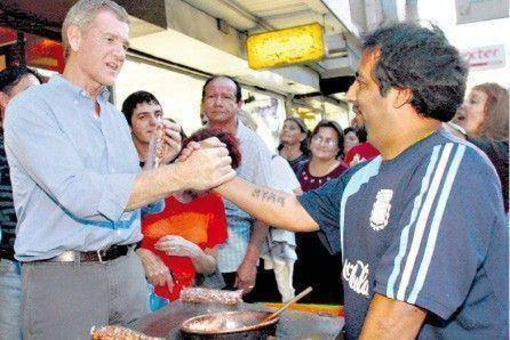 De Narváez teme perder votos a manos de un homónimo