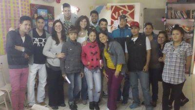 Avellaneda: Magdalena Ferraresi se reunió con jóvenes del Envión