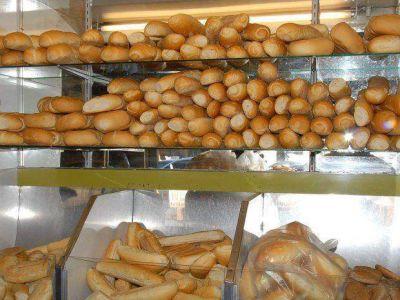Por la escasez de trigo vuelve a subir el pan
