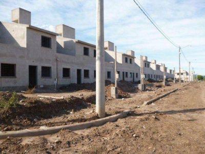 Desalojo pacífico de viviendas tomadas