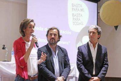 Agustina Ayllón presentó el programa en la ciudad junto a Giri y Pepe Scioli
