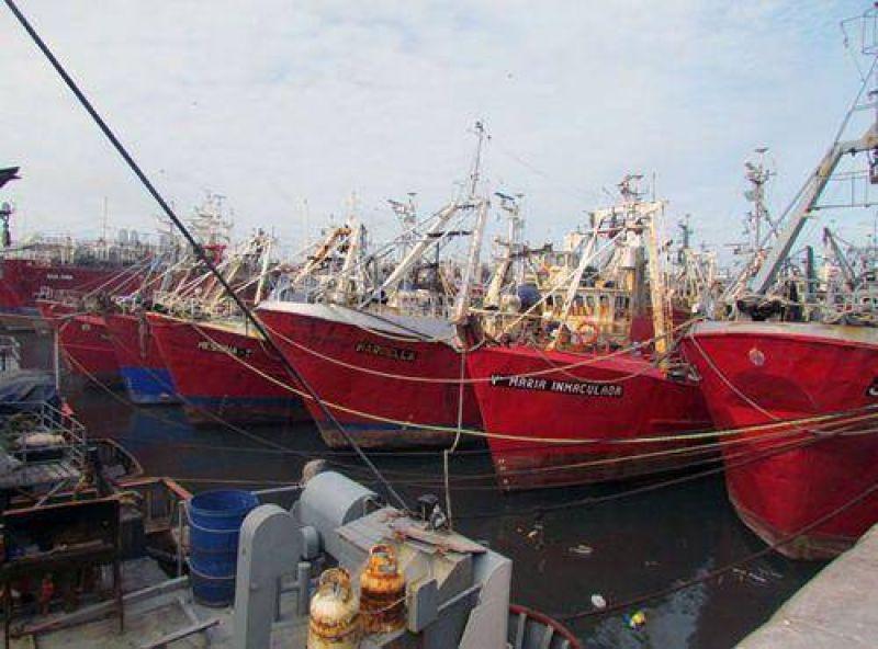 """Armadores costeros y el Somu mantienen diferencias en torno a los """"aportes sociales"""""""