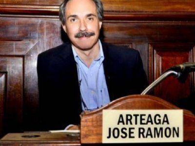 """José Arteaga: """"Muchos vecinos están colmando la agenda de las actividades que proponemos"""""""