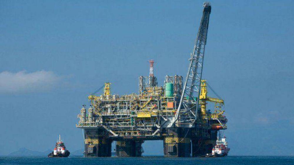 Petroleros brasileños inician una huelga por tiempo indefinido