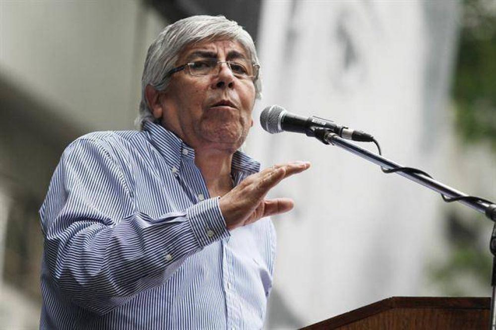 """Moyano, contra el Gobierno: """"Para hacerse llamar peronista, hay que darle trabajo a la gente"""""""