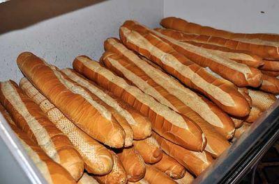 Subi� el pan por cuarta vez en 2013 y ya se vende a $22 el kilo