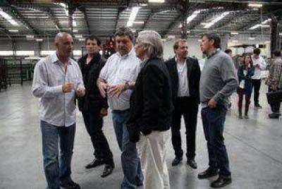 Cheppi, Curuchet y Rodríguez recorrieron empresas marplatenses con funcionarios venezolanos