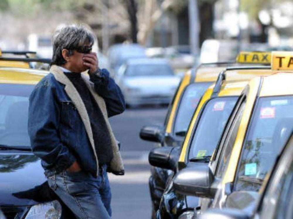 Rige la conciliación obligatoria y no habrá paro de taxistas como estaba previsto
