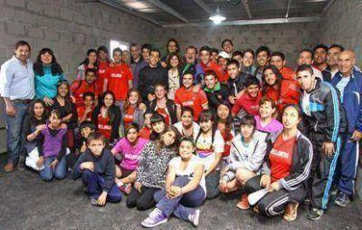 La Escuela Municipal de Atletismo tiene nueva sede