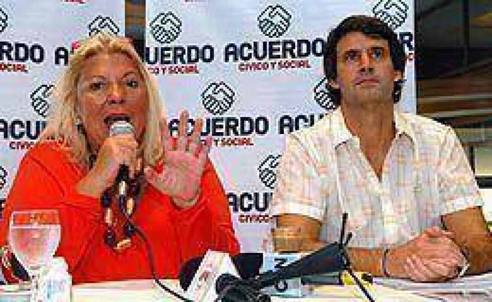 """Carrió se aleja de Cobos y dice que en 2011 no entregará """"la causa a un dirigente con buena imagen"""""""