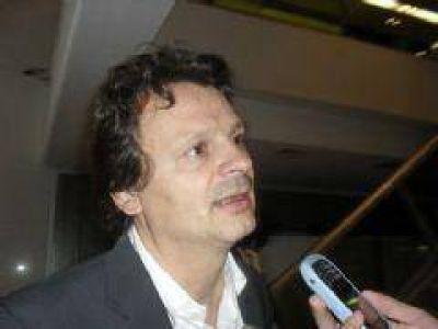 """Gabriel Bruera: """"Hemos hecho un trabajo enorme con Martín Insaurralde; es el mejor candidato"""""""