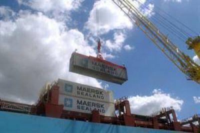 Continúa la erosión del superávit comercial: cayó 4% en septiembre