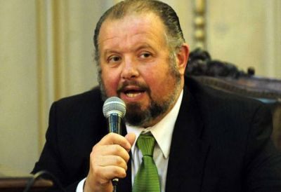 El rector del Buenos Aires denunció que fue amenazado