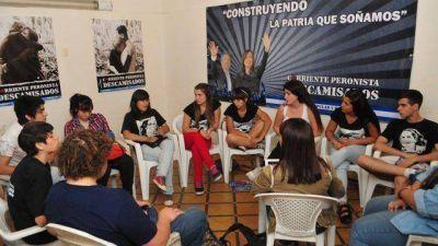Militan por el voto a los 16 y los centros de estudiantes