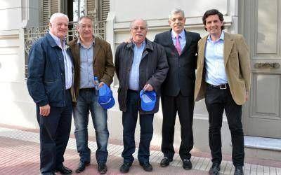 """Domínguez recorrió Tres Arroyos y aseguró que """"la Provincia necesita dirigentes, no candidatos"""""""