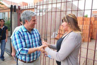 Compromiso Federal continuó la caminata en los barrios puntanos