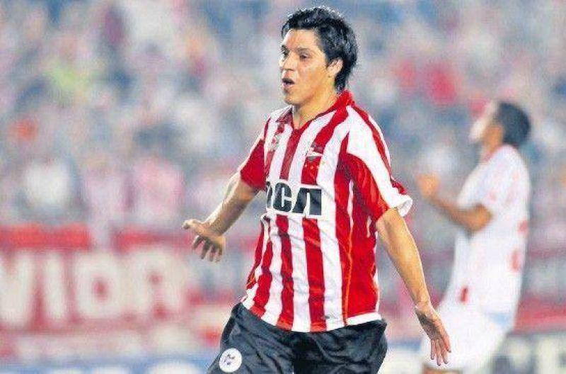 Estudiantes no perdona: volvió a ganar y dejó sin técnico a Argentinos