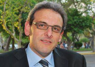 Ernesto Sanz cierra la campaña radical