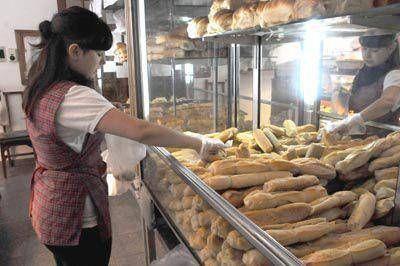 En los últimos 15 días el consumo de pan se redujo alrededor de un 25%