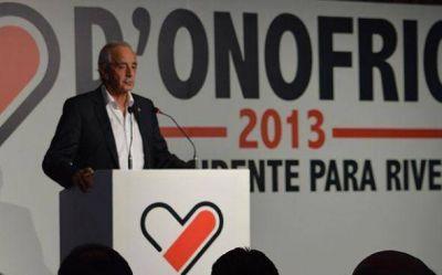 El candidato a presidente de River, Rodolfo D`Onofrio, llega a Pilar