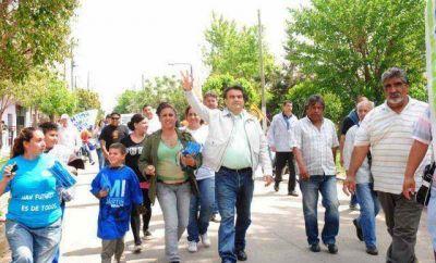 """El """"Barba"""" Gutiérrez inició la primera caravana de cierre de campaña 2013"""