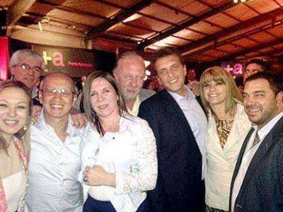 Fuerte respaldo de Massa a Bertolotto y a los candidatos del Frente Renovador de Avellaneda para las elecciones del domingo
