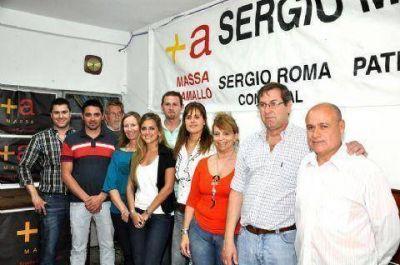 """Romá: """"Somos un equipo y la boleta completa garantiza la comunicación entre Massa y los vecinos"""""""
