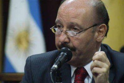 Informe preliminar compromete la situación del intendente Inza