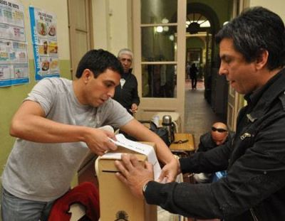 Unos 2.400 efectivos custodiarán las elecciones legislativas del 27