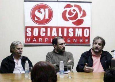 """""""Los socialistas marplatenses llamamos a votar por Daniel Rodríguez"""""""