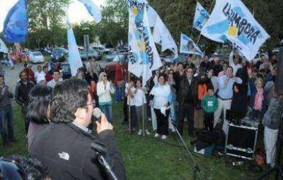 Con fervor militante, el FPV dejó atrás la campaña y va a las urnas apuntando a 2015