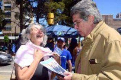 Fuentes cerró su campaña con críticas a Pereyra