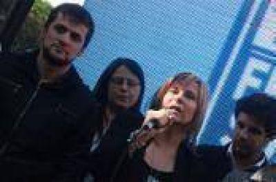"""La Plata: """"Cada voto que obtengamos será para la Presidenta Cristina y para nuestro querido Néstor"""", promete Saintout"""