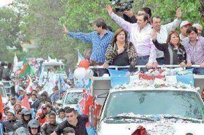 Zamora convocó a los santiagueños a participar masivamente el domingo